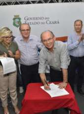 Vale do Jaguaribe: População de Alto Santo ganha ginásio poliesportivo