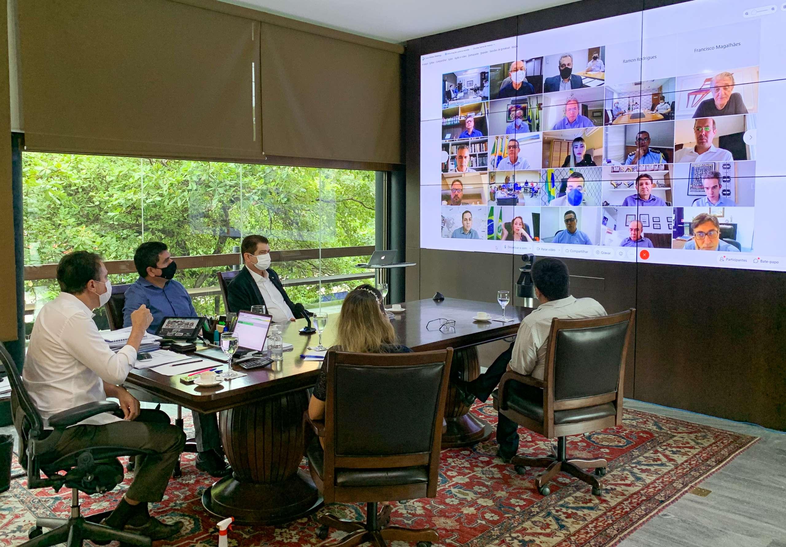Governador reúne secretários para tratar sobre pandemia e apresentar nova ferramenta de gestão
